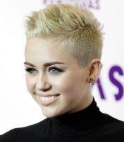 D8 Miley Cyrus 2